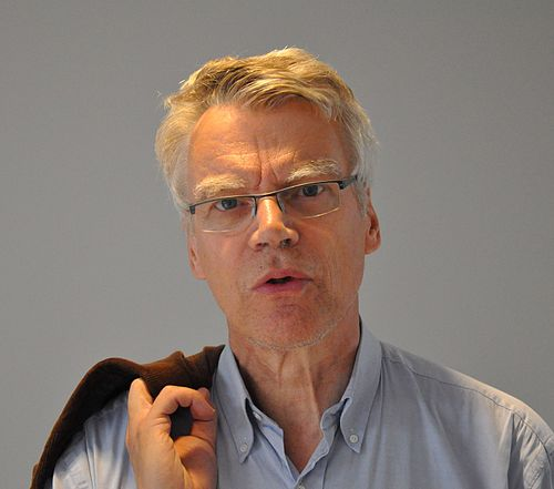 Jonas Hallberg, tv- och radiojournalist, manusförfattare